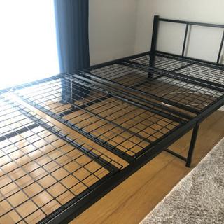 ニトリのパイプベッド