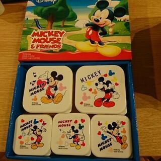 ミッキーマウスのタッパー