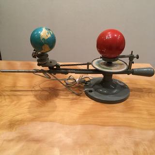 珍しい地球儀&コンセント ビンテージ 昭和 レトロ 古い教材 重い