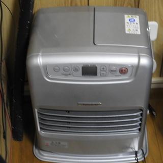 灯油用ファンヒーター2018年製、1シーズンの使用、空焚き済、箱ナシ