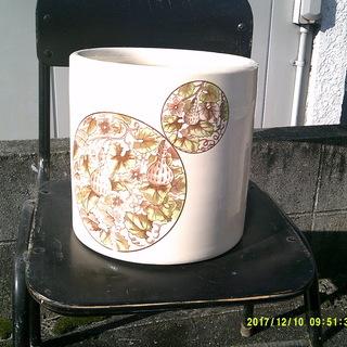 火鉢、花瓶