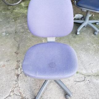 事務用の椅子