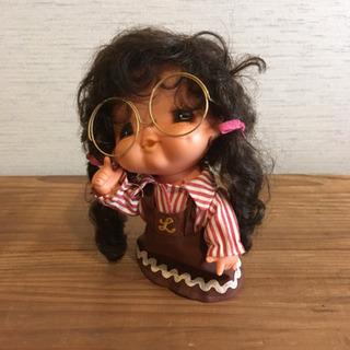 昭和レトロな人形 ソフビ 丸メガネの女の子 キッチュ