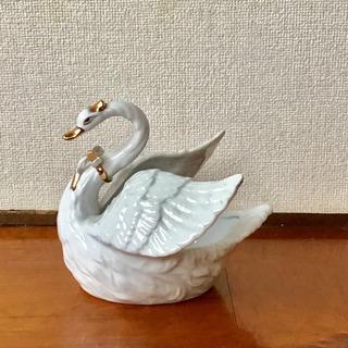 白鳥の置物