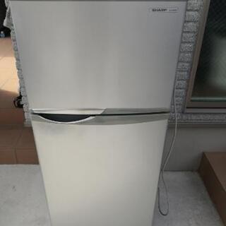 シャープ製2012製冷蔵庫