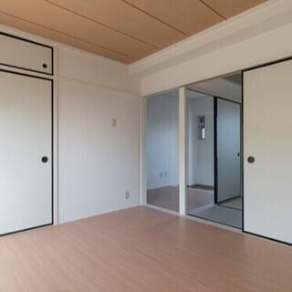 【初期費用はゼロです】豊橋市、限定1部屋のフルリノベーション3D...