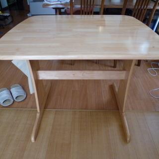 ニトリ ダイニングテーブル (イス1脚つき)