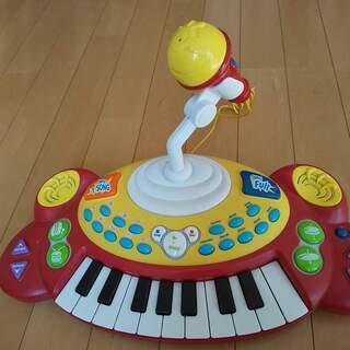 ★おもちゃのピアノ★トイザらス★