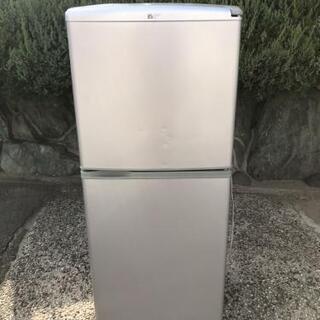 美品 2ドア冷蔵庫です 2007年製
