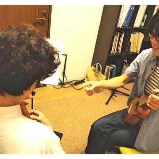 大阪市旭区太子橋にあるギター&ウクレレ教室 生徒募集中!!