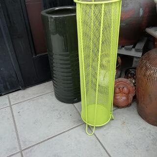 ワイヤー傘立