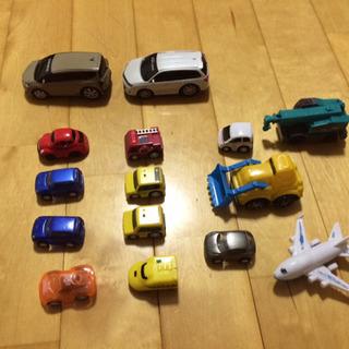トミカ ミニカー 他乗り物おもちゃ15台
