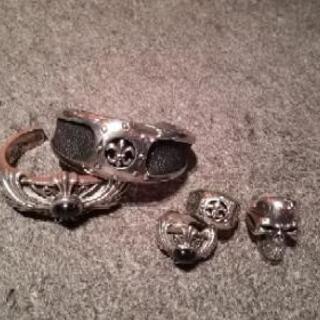 【メンズ シルバーアクセサリー 指輪とバングルの2セットとおまけ】