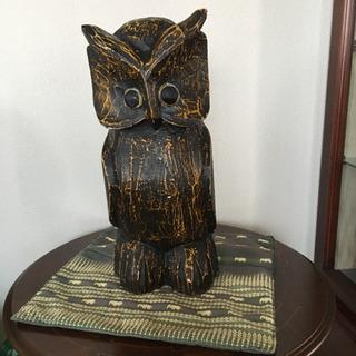 フクロウ木彫り置物