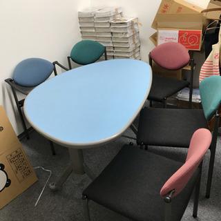 【商談中】テーブルとイス5脚◆引き取りに来てくれる方限定