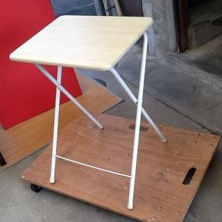 山善のコンパクト収納できる便利な折りたたみテーブル 配達も可 ミ...