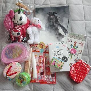 【取り引き中】日用雑貨セット 子供の遊び道具 おもちゃ 工…
