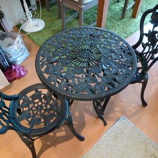 ガーデンテーブル+イス2脚 (金属製)