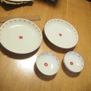 ブルガリアヨーグルト景品 四皿(大2・小2)
