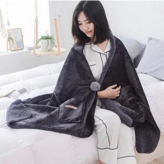 ✨新品✨💝着る毛布 ポンチョ