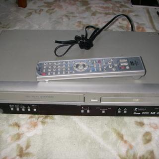 日立 ビデオ一体型DVDプレイヤーDVL-PF9 リモコンあり