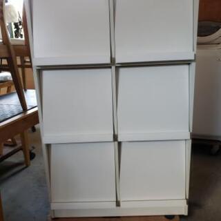 扉付き三段収納ケース・整理棚