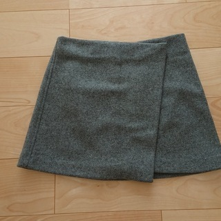 UNIQLO グレー 巻きスカート