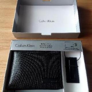 Calvin Kleinのパスケースとマネークリップのセット