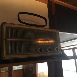 ナショナル MAGIC SUPER 真空管ラジオ UM-650