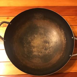 2品購入の方には無料で!中華鍋 直径36cm  長期保管品