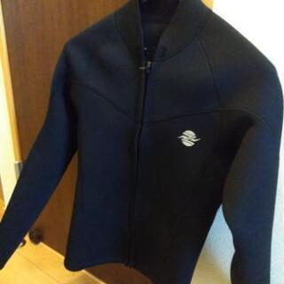 【期間限定値下げ】サーフィン用長袖タッパー