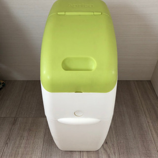 オムツ  ゴミ箱