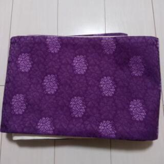 浴衣の紫色の帯