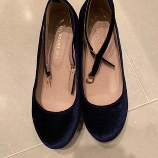 美品 ジ・エンポリアムの可愛いベルベットぽっくり靴 ネイビー