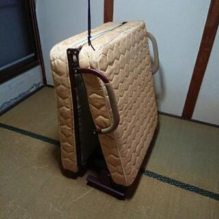 折り畳みパイプベッド0円