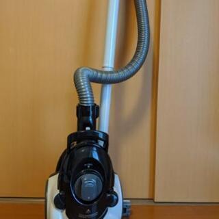 SHARPサイクロン掃除機