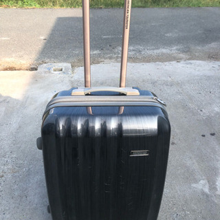 American Tourister スーツケース