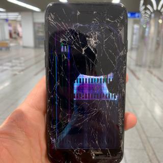 液晶崩壊で使用不可!データが消える前にスマップル川崎店で修理!