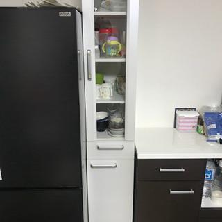 【お譲り先決定】スリム食器棚 ホワイト