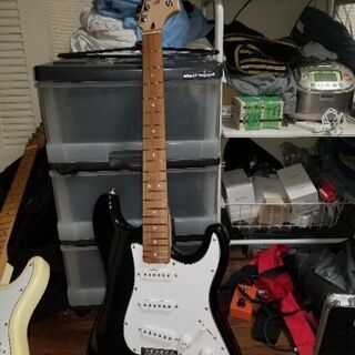 ギター、ストラト