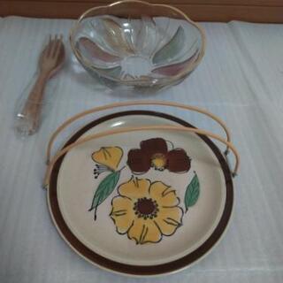 サラダボールギヤマン 葉柄8枚色 サーバー付き & 宴会用大皿