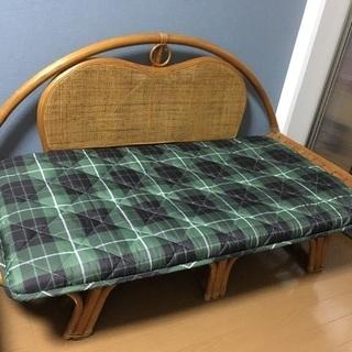 藤の長椅子(受け渡し待ち)