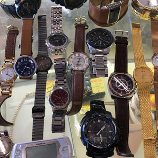 腕時計電池交換 600円(税込)でいたします。G-SHOCKは1000円(税込)です【買取&販売もしております。宮本リサイクル】の画像