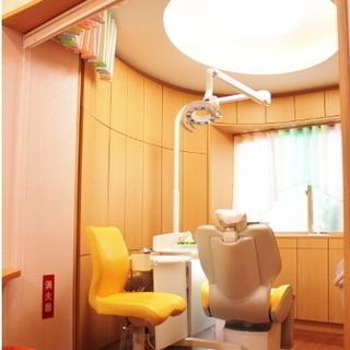 歯科衛生士/パート募集! 2015年に全面改装した綺麗な医院です。