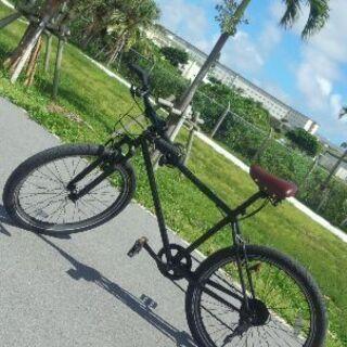 太めタイヤのマウンテンバイク風の中古自転車
