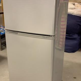 アクア 2ドア冷蔵庫 109L 2012年