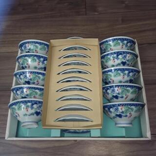 お茶碗とお皿のセット