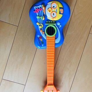 人気キャラクターギター