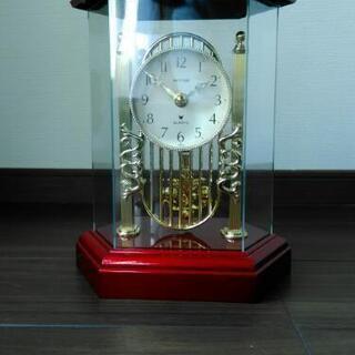 レトロな置き時計