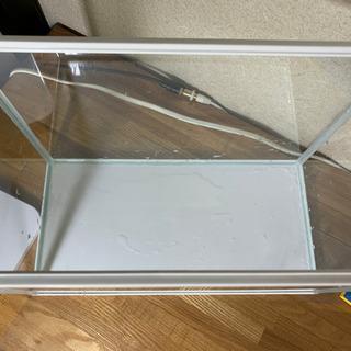 GEX ガラス水槽 約幅39.8cm 20L 13日午前まで